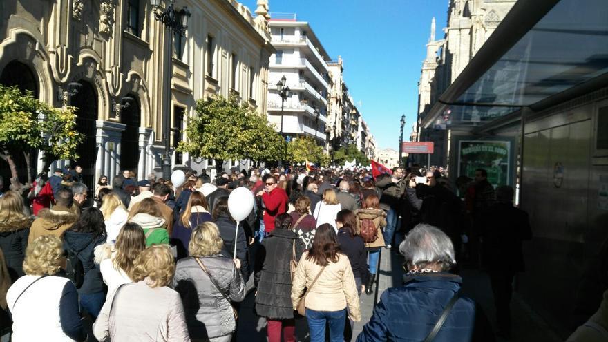 Marea blanca en Sevilla.
