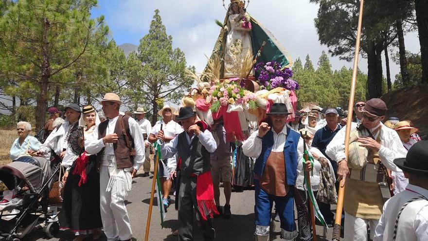 La Virgen del Pino estuvo acompañada por miles de romeros.