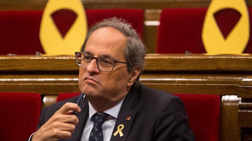 El Parlament rechaza suspender a los diputados procesados pero avala que deleguen