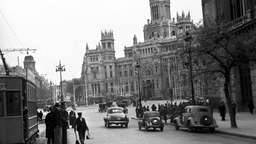 Cien Años Del Palacio De Cibeles La Otra Catedral De Madrid