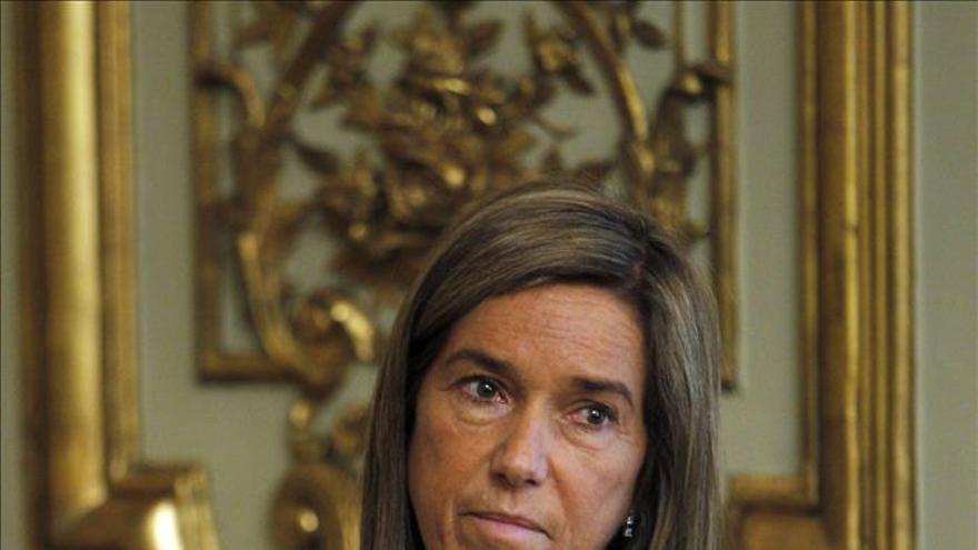 La ministra de Sanidad lamenta el crimen machista de Málaga, que eleva a 31 las víctimas en 2014