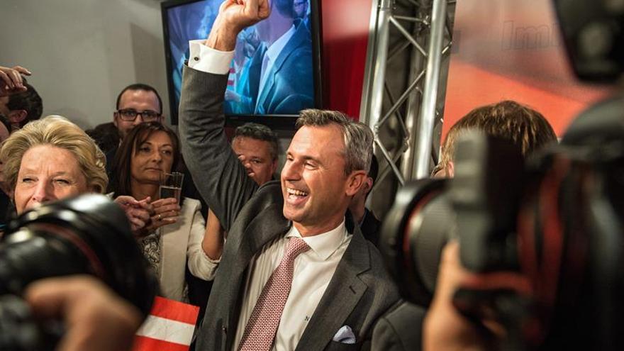 Las presidenciales austríacas castigan al bipartidismo y premian a los ultras