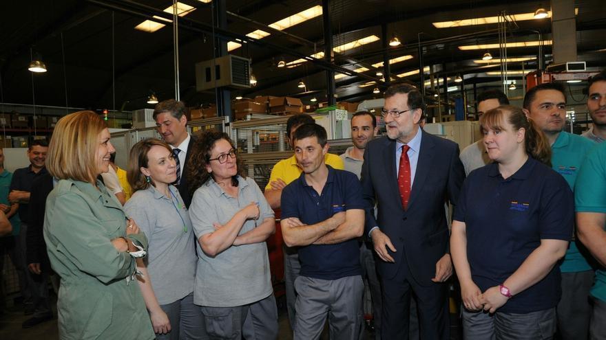 Rajoy centrará de nuevo la campaña en la economía: No me gustaría que por zascandileadas políticas esto se rompiera
