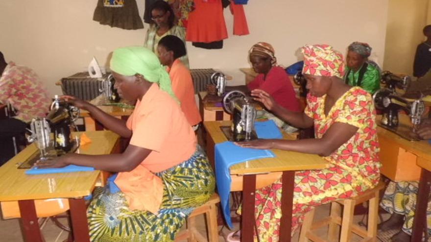 Mujeres de Ruanda en el proyecto de empoderamiento. FOTO: Medicus Mundi Álava