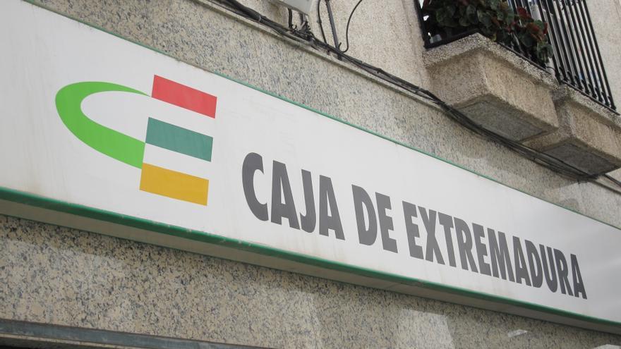 Diputaci n c ceres pide responsabilidad social a liberbank for Caja de extremadura oficinas