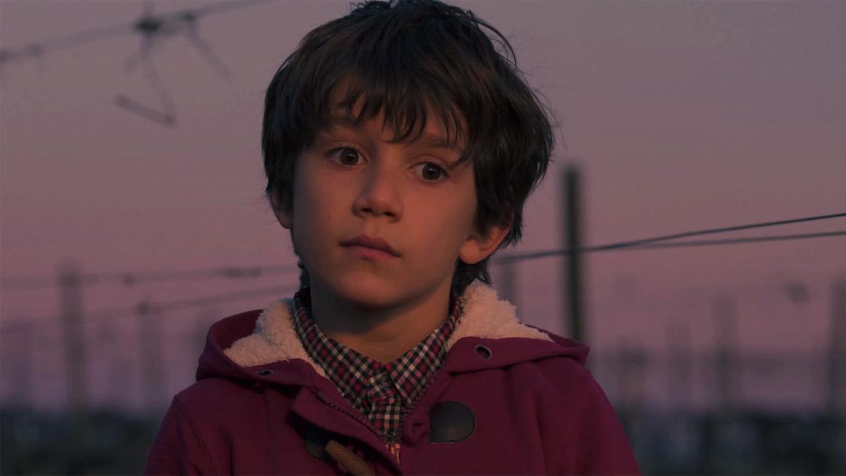 El niño que acompaña a Antonio Alcántara en su adiós en 'Cuéntame'