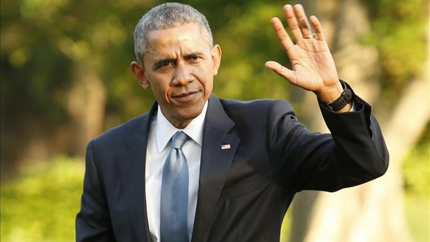 Obama, el primer presidente de EE.UU. que protagoniza la portada de una revista LGBT