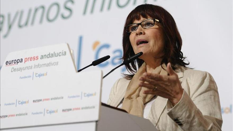 """Micaela Navarro: """"A veces sabemos que estamos en campaña por autos de Alaya"""""""