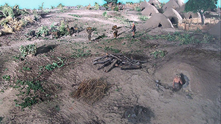 Recreación de la vida prehistórica en el Aljarafe, en el Museo de Valencina.