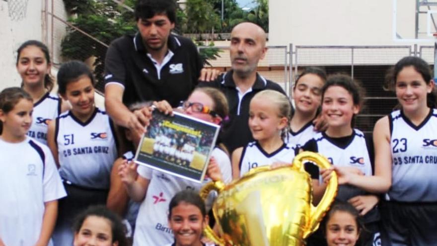 Celebración del preminibasket femenino 2008 del CB Santa Cruz, este lunes en la capital tinerfeña
