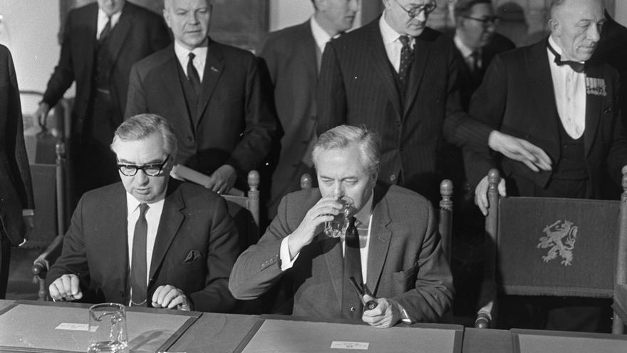 Harold Wilson, primer ministro británico, en una visita a Holanda en 1967.