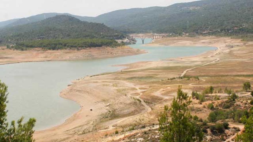 """Los municipios de la cabecera del Tajo, """"perplejos"""" por la ausencia de sus embalses en el plan hidrológico del río"""