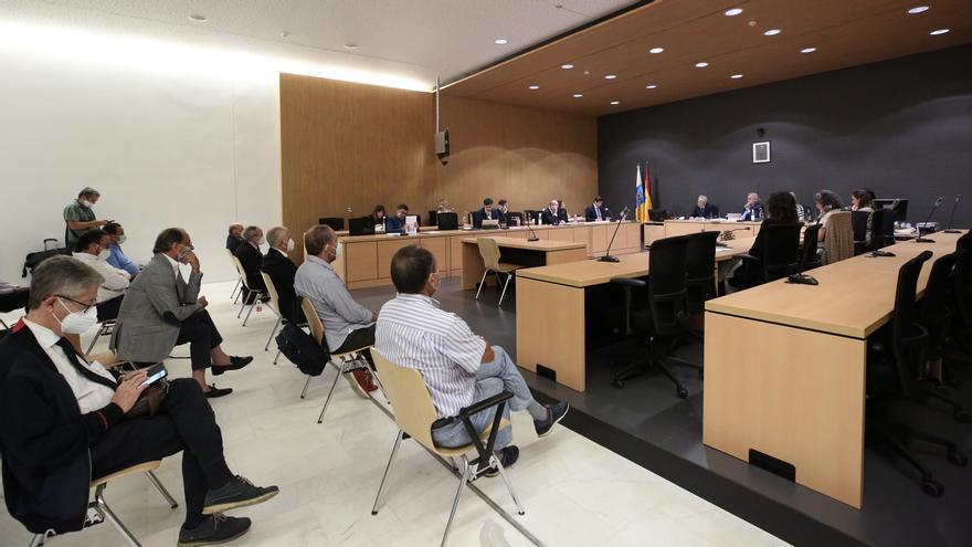 """Los acusados del """"mayor atentado"""" contra un espacio natural de Lanzarote sostienen que la bodega Stratvs es """"indispensable"""" para protegerlo"""
