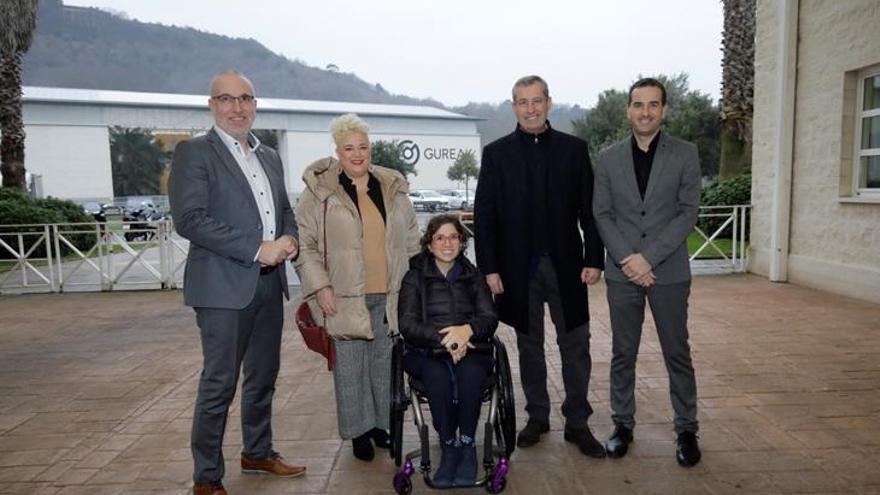 La relatora especial de la ONU Catalina Devandas visita Gipuzkoa para conocer su modelo de políticas sociales