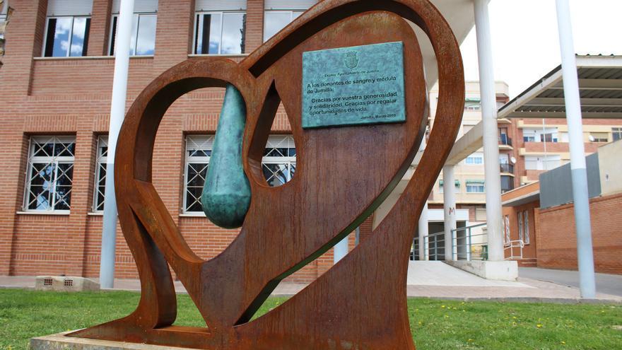 Monumento a los donantes de sangre y de médula
