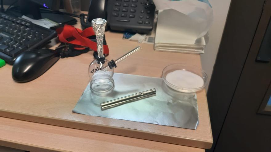 Materiales para el consumo de droga fumada