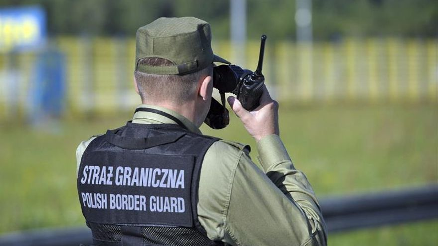 Polonia reintroduce los controles fronterizos ante la cumbre de la OTAN y la visita del Papa