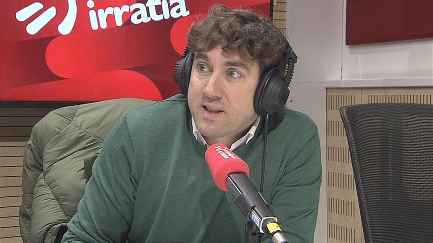 El secretario general del PSE-EE de Gipuzkoa, Eneko Andueza, en Euskadi Irratia