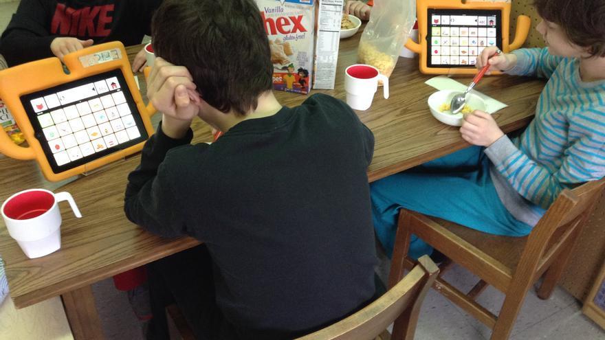 Las tecnologías ayudan a las personas autistas pero hay que utilizarlas con fines comunicativos