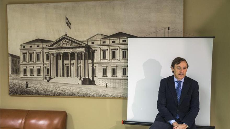 """Hernando (PP) cree que hay """"mimbres"""" para un """"gran acuerdo"""" PP-PSOE-C's"""