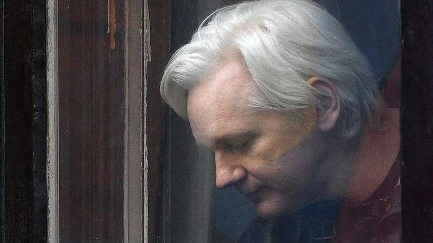 El juicio de extradición a EE.UU. de Assange comienza mañana en Londres