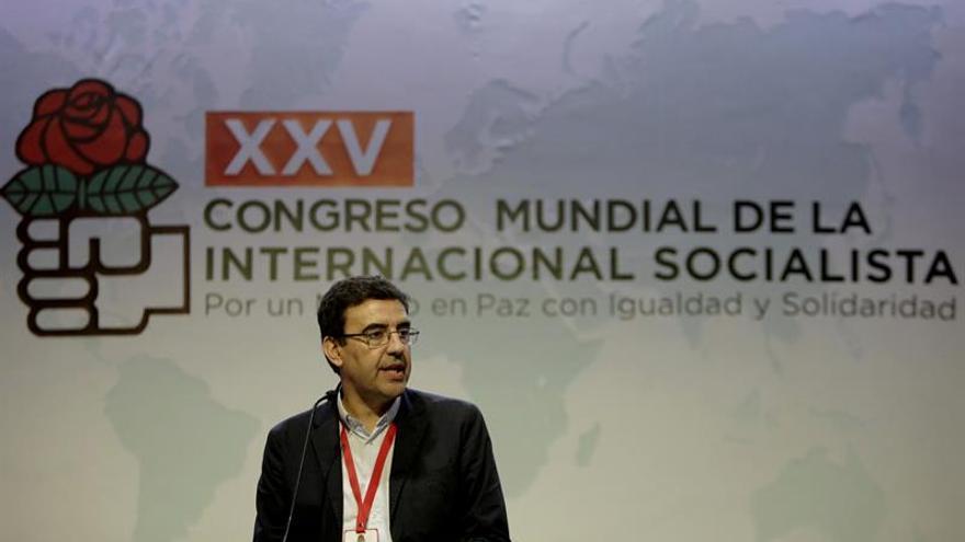 El PSOE propone a la Internacional Socialista condenar la agresión de Trump a México