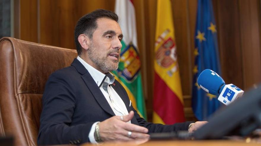 El presidente del Parlamento riojano, el socialista Jesús María García.