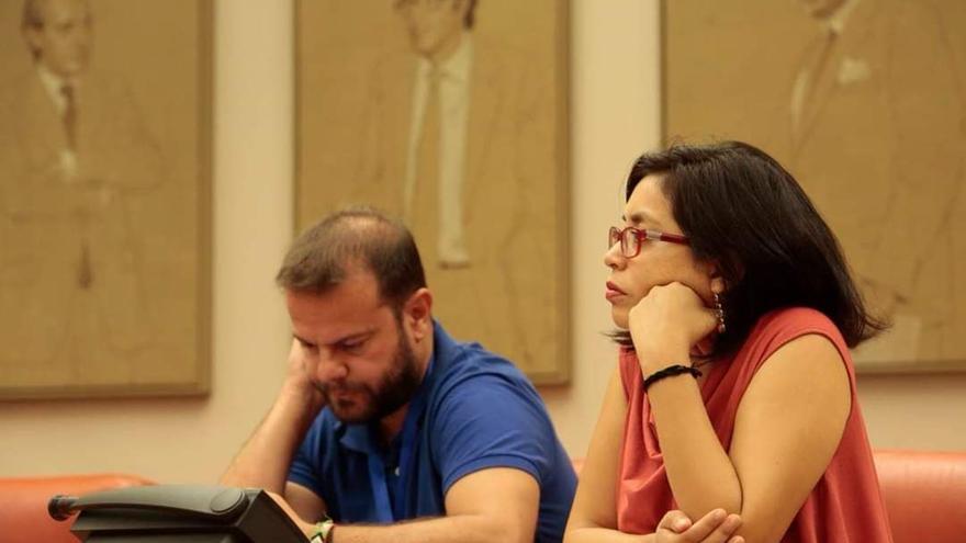 La concejala en el Ayuntamiento de Madrid Rommy Arce y el diputado en la Asamblea de Madrid Raúl Camargo
