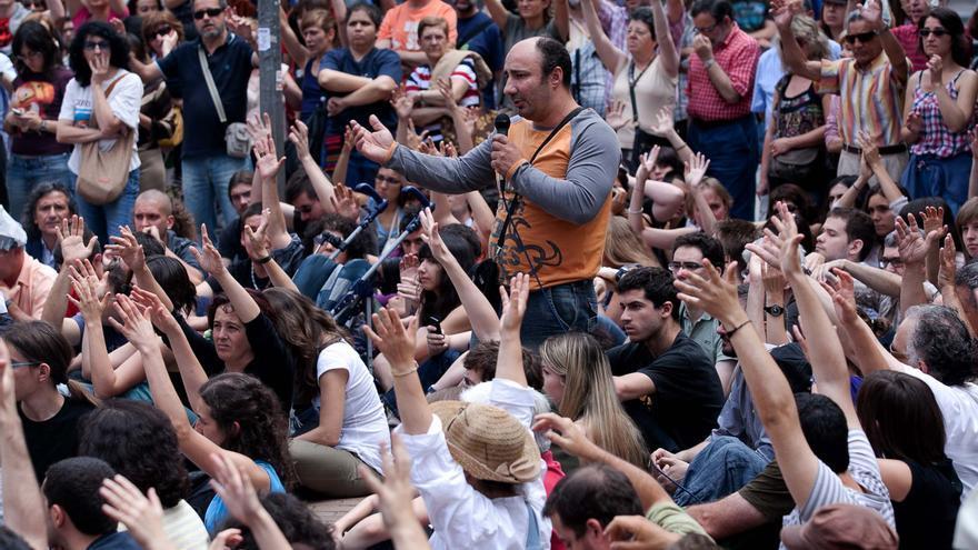 Fotografía de Pepe Alonso durante el 15M en el barrio de Tetuán, Madrid.