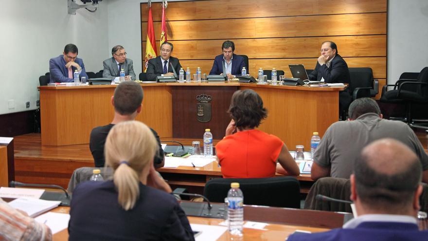 Comisión de Hacienda en las Cortes regionales de Castilla-La Mancha