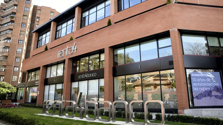 Una de las oficinas de Renta 4 Banco en Madrid, a 28 de febrero de 2020.