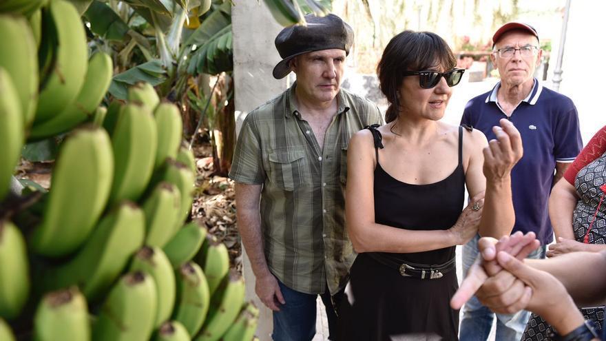 Los componentes de Amaral conocieron el Museo del Plátano de Tazacorte.
