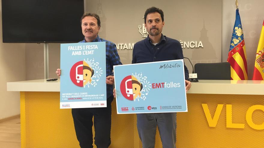 El concejal de Movilidad, Giuseppe Grezzi, junto al gerente de la EMT, Josep Enric Garcia Alemany