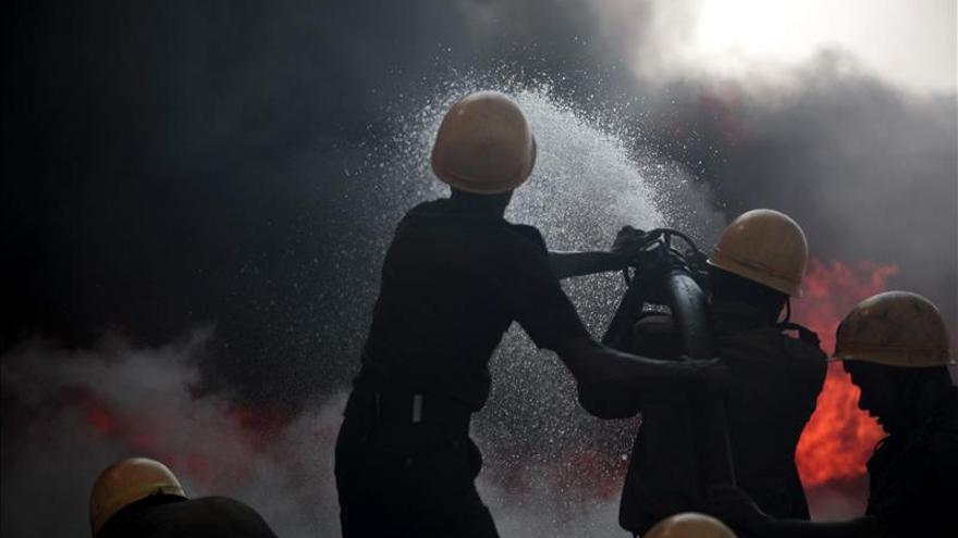 18 Muertos y 13 heridos en incendio en compañía alimentaria al norte China