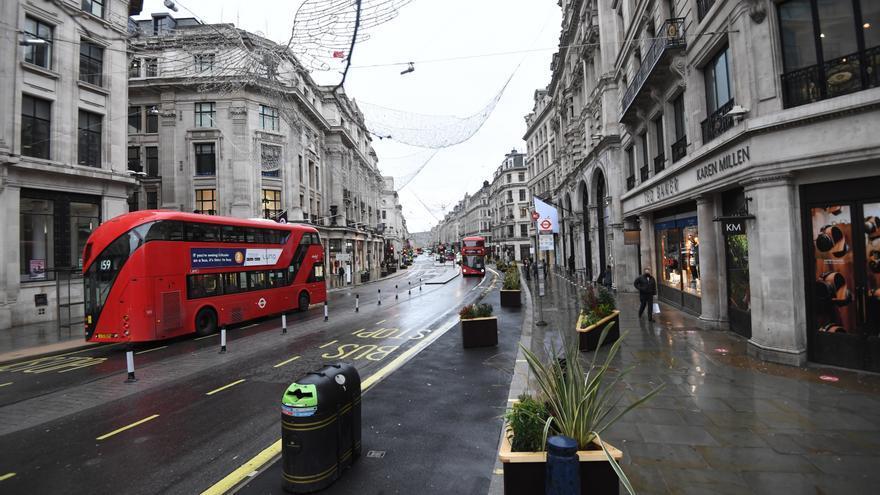 Reino Unido registra 33.364 contagios en 24 horas y un 54,8 % más en 7 días