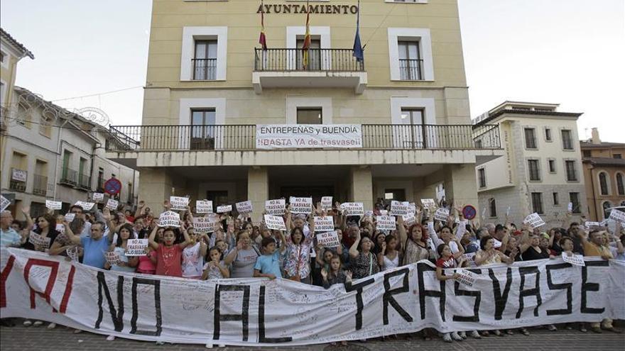 Aranjuez y otros municipios de España y Portugal se unen contra el trasvase