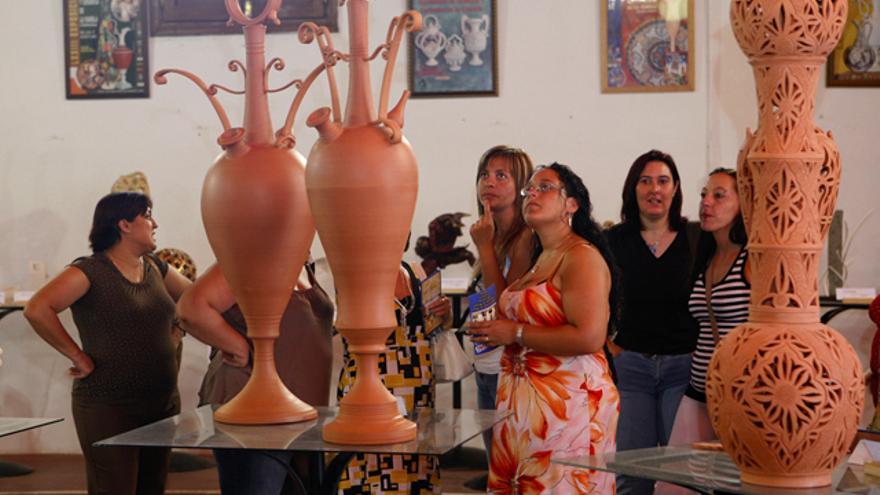 Piezas artísticas de la alfarería que se hace en La Rambla desde hace siglos. (Foto. Museo de la Cerámica)