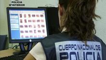 Imagen de archivo de una agente de la Policía Nacional.