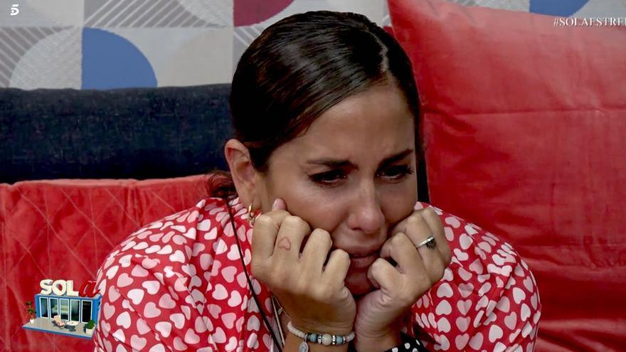 Anabel Pantoja llorando en 'Sola'