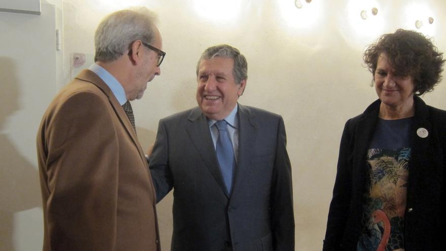 """El embajador de Argentina ve """"difícil"""" entender la situación cuando """"el mundo tiende a la globalización"""""""