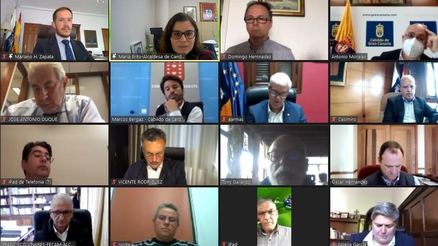 """Cabildos y ayuntamientos """"suman sus fuerzas"""" para reclamar al Gobierno regional los 160 millones de euros de Fdcan"""