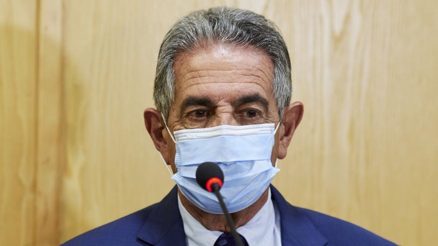 Archivo - El presidente de Cantabria, Miguel Ángel Revilla