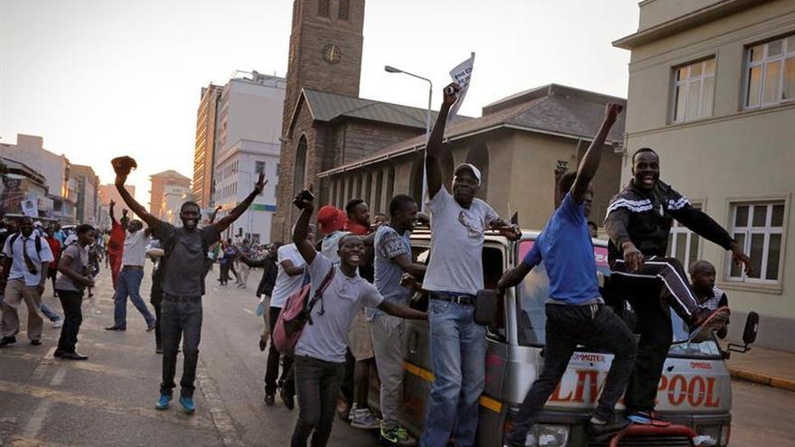 AI espera que se respeten los derechos humanos en Zimbabue en la era post-Mugabe