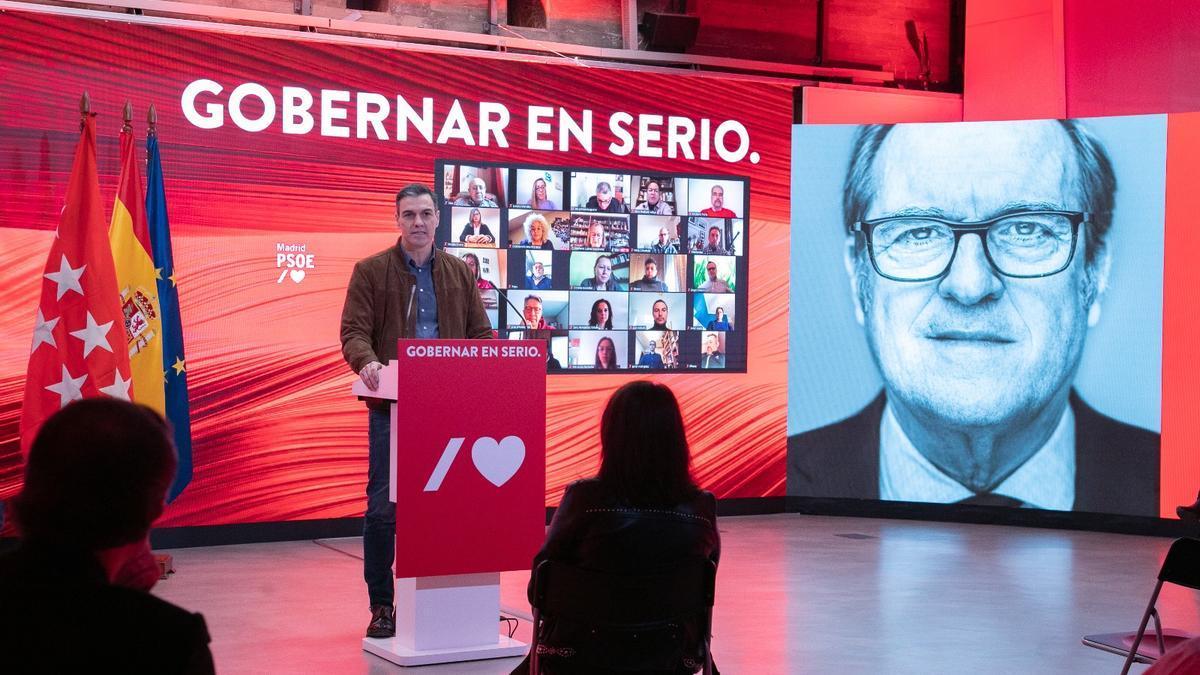 Pedro Sánchez durante la presentación de la campaña de Ángel Gabilondo bajo el lema 'Gobernar en serio'