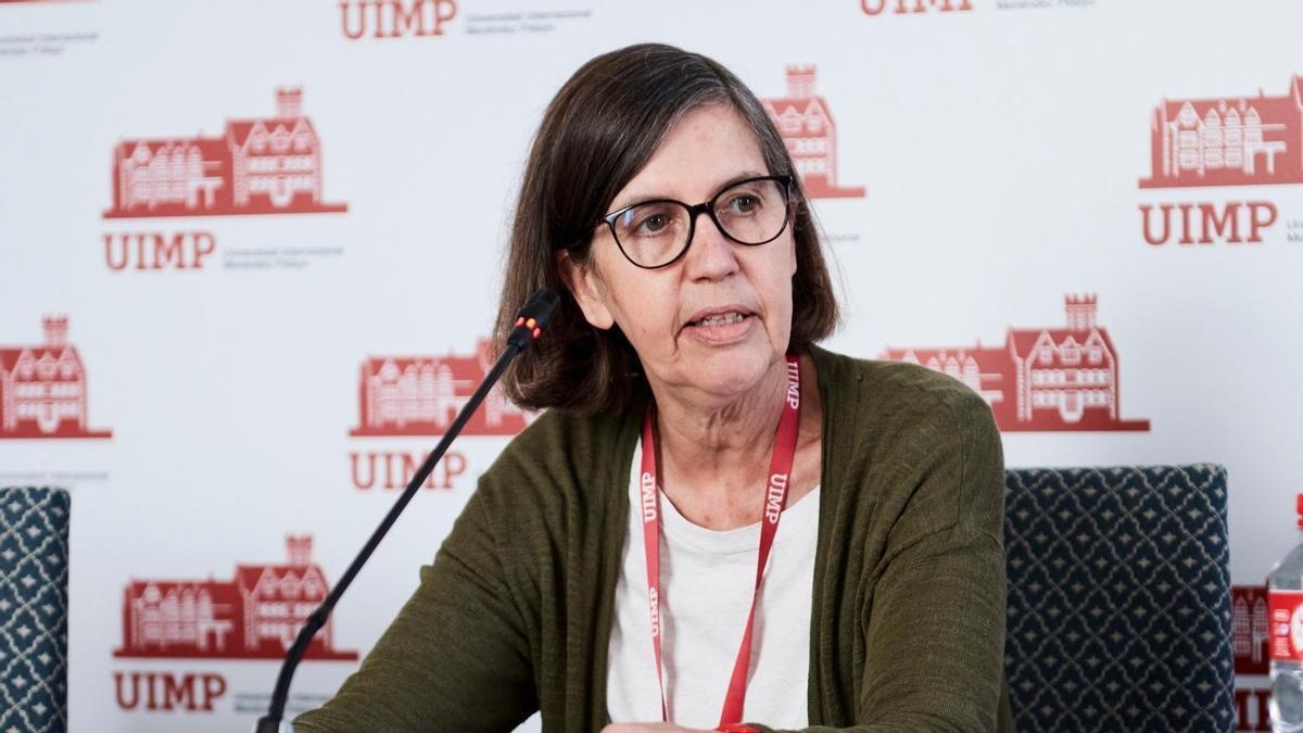 La rectora de la UIMP. María Luz Morán, en rueda de prensa en Santander