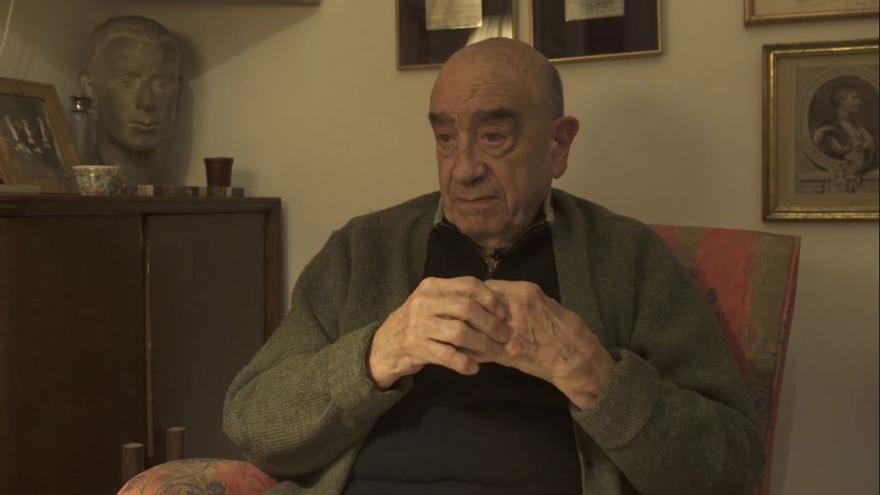 Armand de Fluvià en una entrevista realizada para el Fil Rosa, proyecto de recuperación de memoria LGTBI.