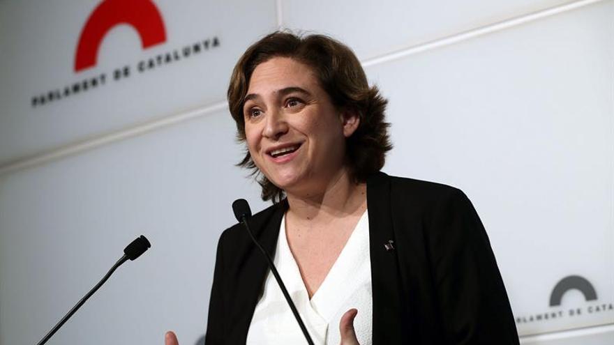 La alcaldesa de Barcelona se tomará la baja maternal de 16 semanas