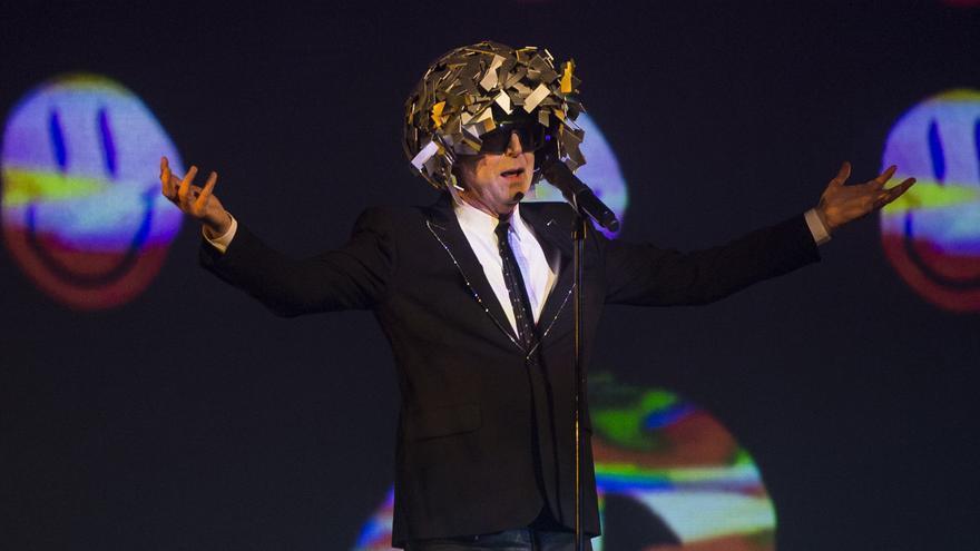 El cantante Neil Tennant en un concierto del grupo Pet Shop Boys durante el Universal Music Festival.