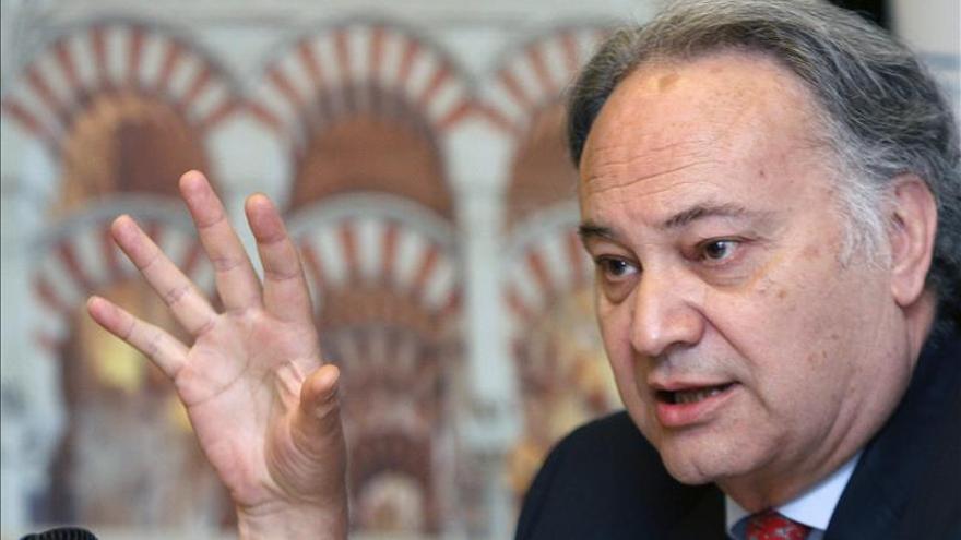 Imputada la antigua directiva de procuradores de Madrid por falsear estatutos