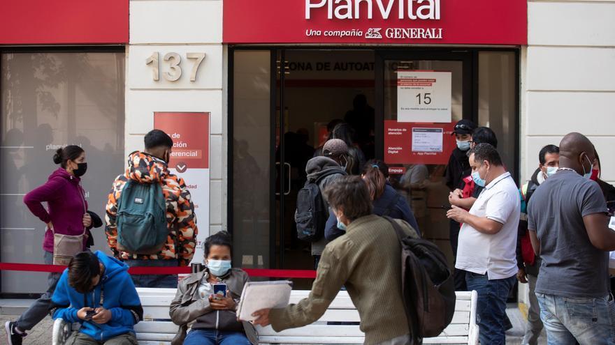 Más de 4,1 millones de chilenos solicitan el tercer retiro de pensiones